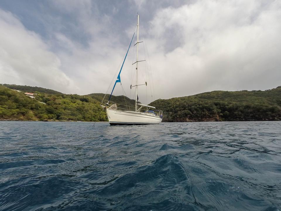 Keila Deshaies voilier dans une Guadeloupe en dehors du monde